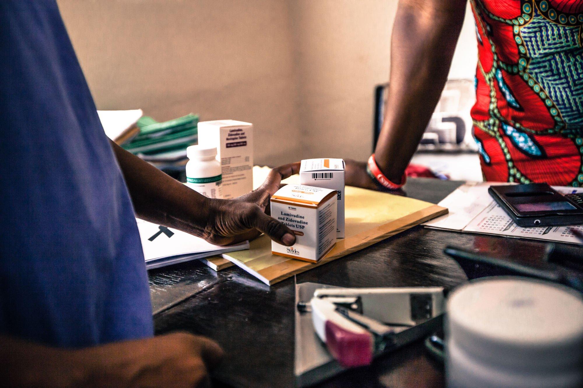 Contrôle des médicaments en Afrique Francophone