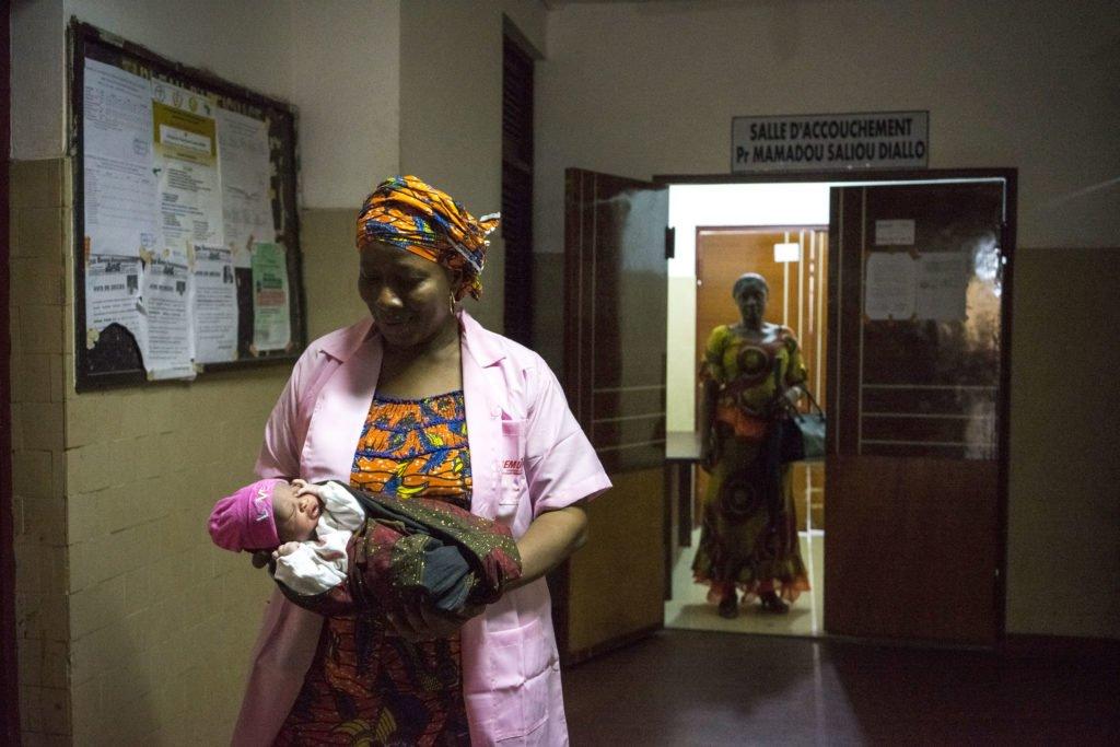 Santé mère-enfant : prévention de la transmission mère enfant du VIH, résultats de l'étude ANRS 12344-DIAVINA