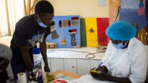 «Sénégal : le pays mise sur les autotests VIH»